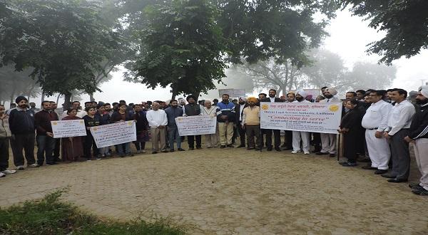"""लुधियाना द्वारा आयोजित राष्ट्रव्यापी अभियान """"सेवा से कनेक्ट"""""""